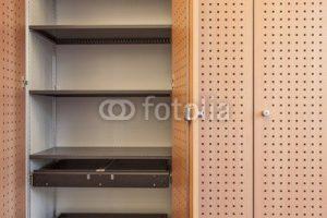 """Poster-Bild 30 x 20 cm: """"Aktenschrank leer © Matthias Buehner"""", Bild auf Poster"""