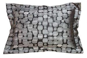 Traumkissen Dekokissen Kissenhülle Zierkissen Kuschelkissen EMMA schwarz/silber mit Stehsaum – Luxus für die Couch! (40×60 cm)