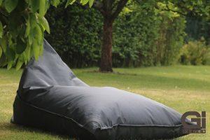 """Outdoor und Indoor XXL Sitzsack, Relaxsessel """"ChillOut"""", abwaschbar, wasserfest, Markenware von GI Design (Dark Grey)"""