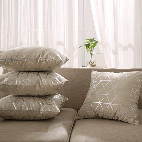 Deconovo Kissenbezug Wohnzimmer Kissenhülle Sofa Foliendruck 45x45 cm Dreieck Silber 4er set